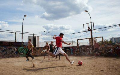Kakšno je blokovsko življenje najstnikov v Rusiji?